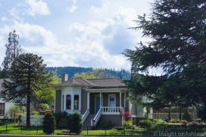 Ashland OR Real Estate