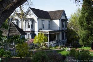 Real estate in Ashland Oregon